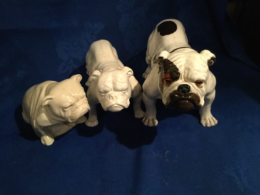 Rarer White Doulton Bulldog Collectables