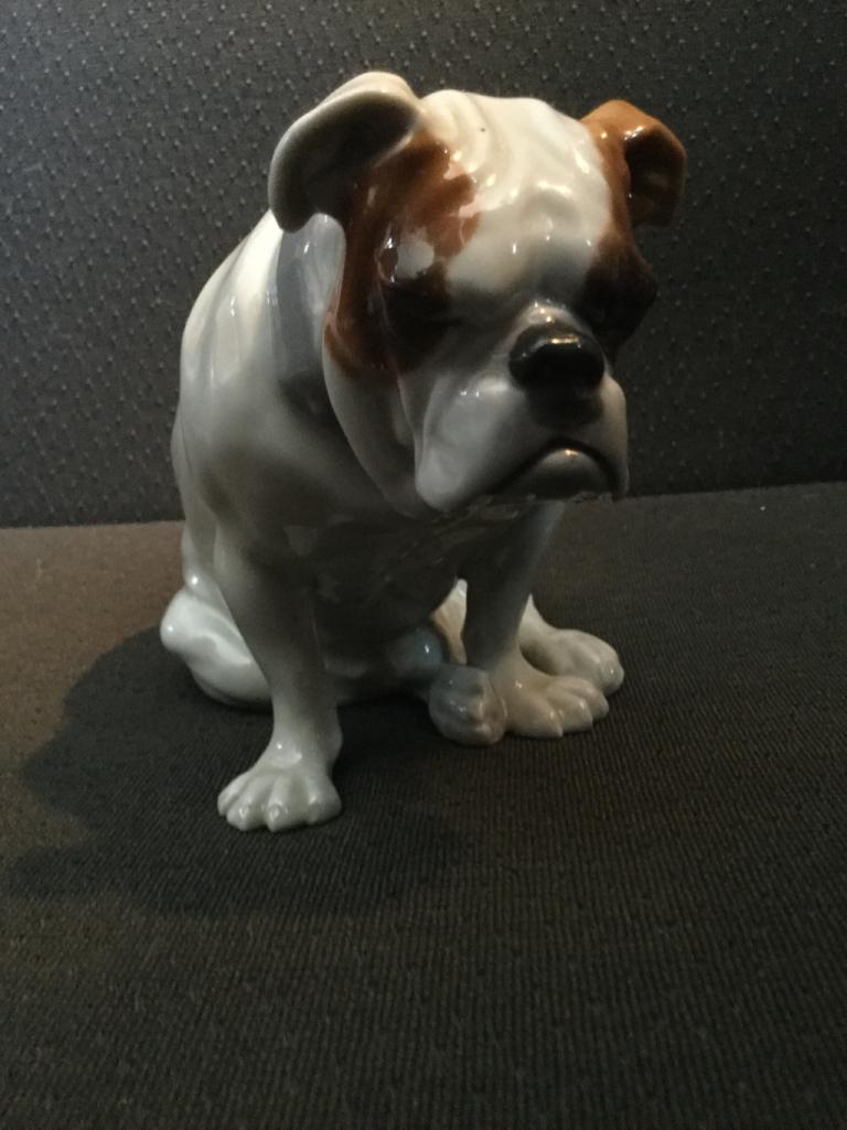 Huebach seated bulldog
