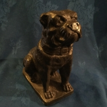Very heavy seated bronze bulldog