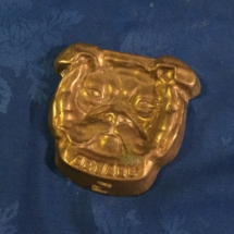 Brass molded bulldog head dish