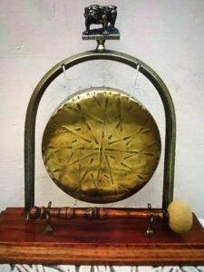 Feedspot antiques websites